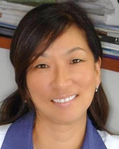 Doutora Soo Young Kin Weffort